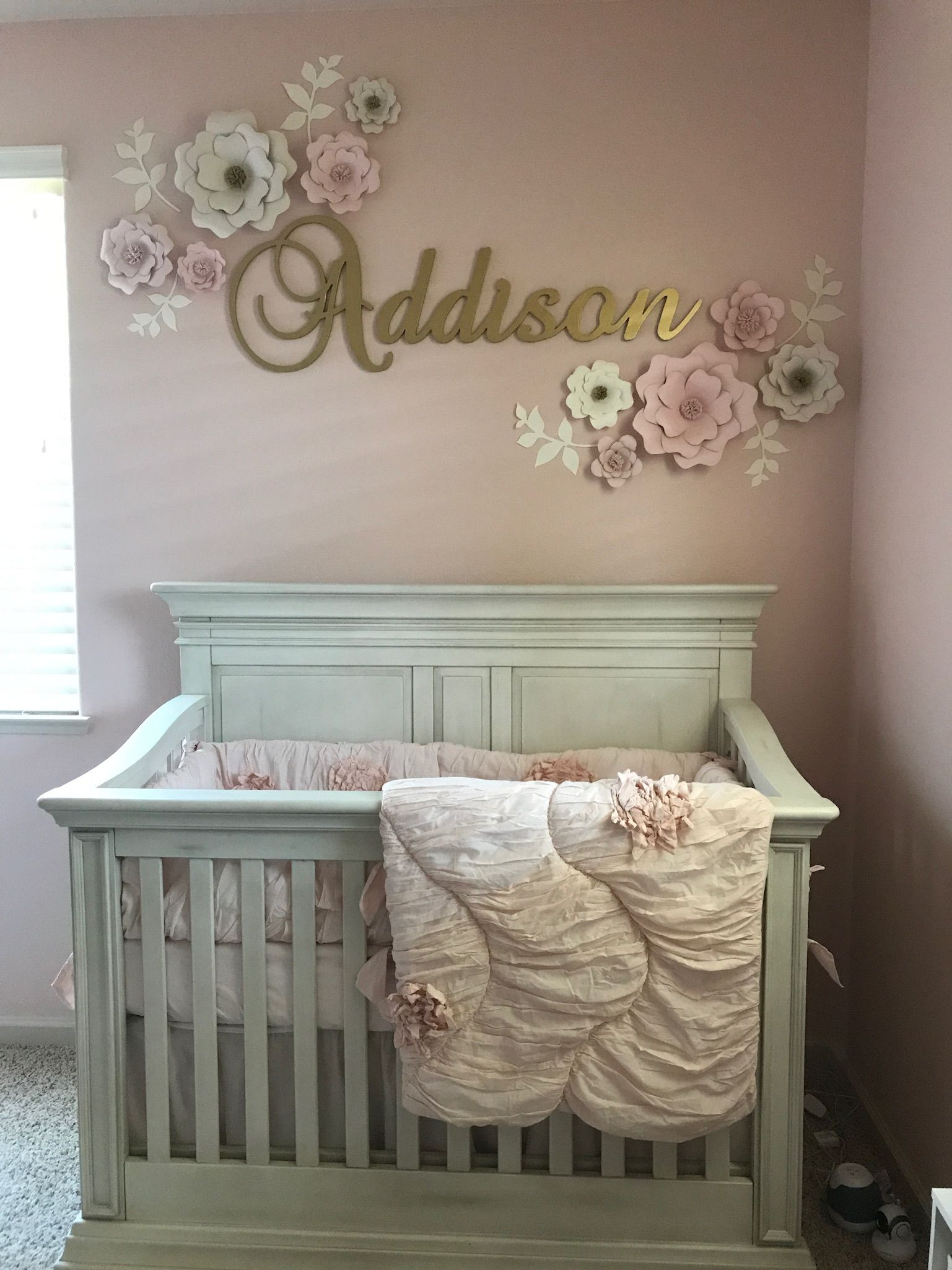 Baby girl nursery with pink and gold theme baby girl for Baby room mural ideas