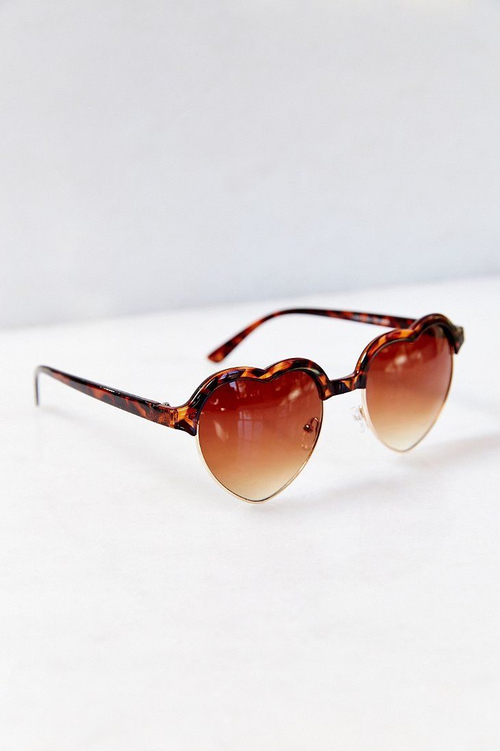 Love On Top Heart Frame Sunglasses - Urban Outfitters