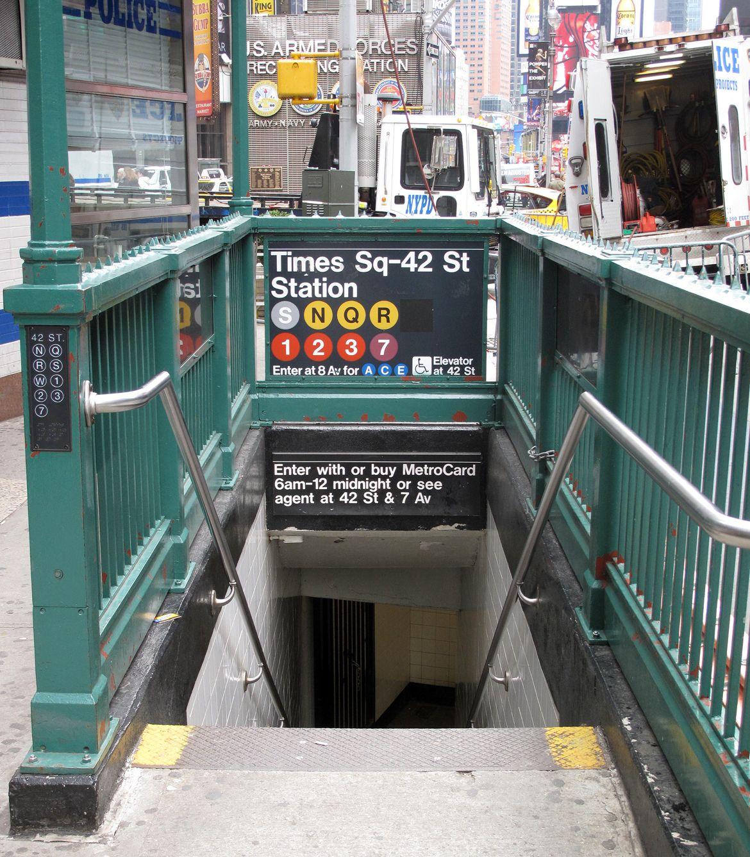 Times Square Subway Entrance Nyc Subway Nyc Subway Map New York Travel