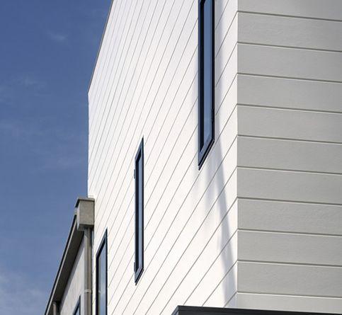 James Hardy Artisan V Rustic Siding Exterior House Siding Beach House Exterior Lake Houses Exterior