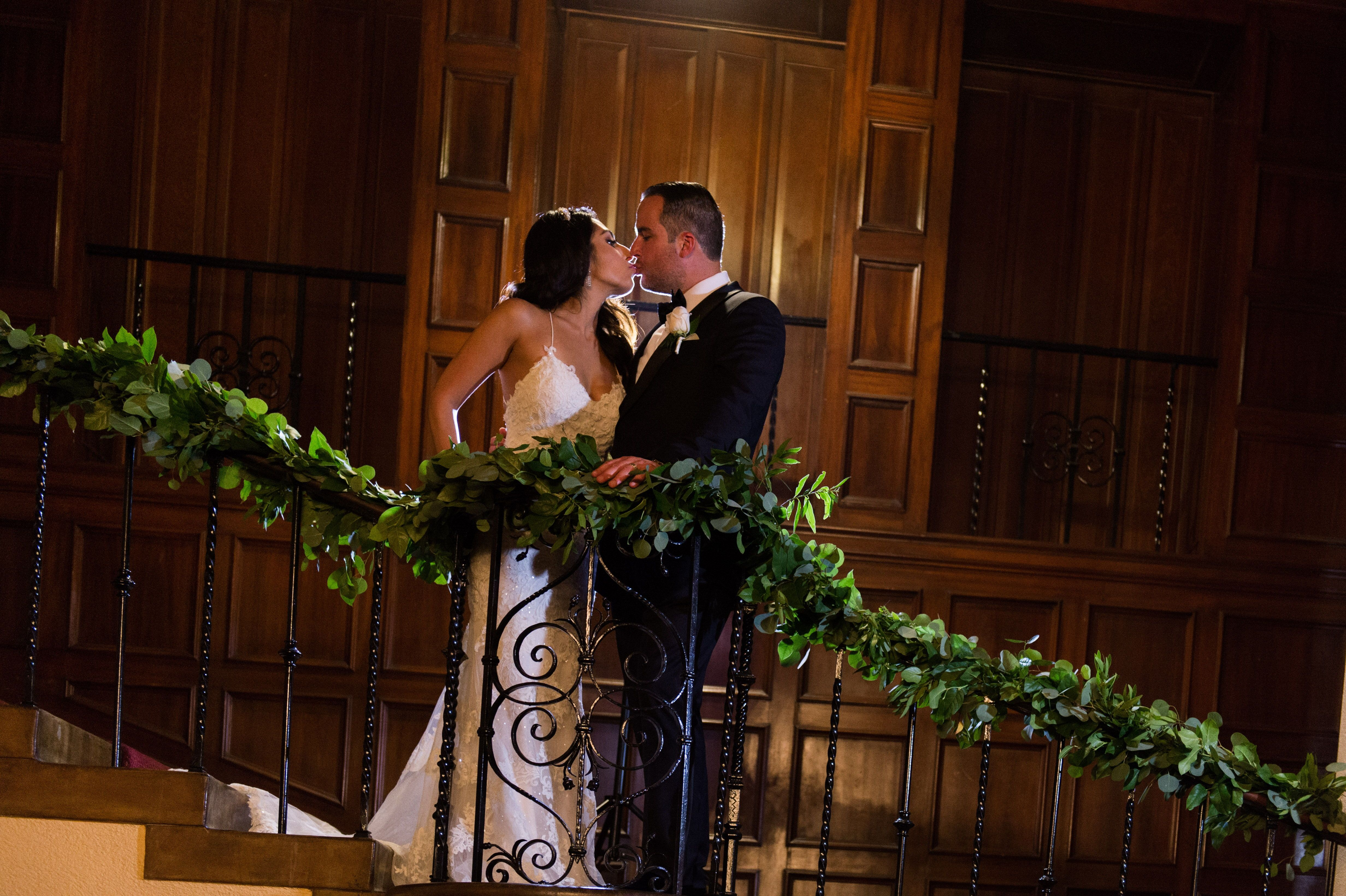 1st Look Solos Bride Groom Blush Marsala Wedding Flowers Los
