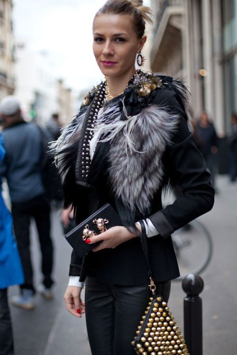 This girl likes her fur with gilded accents.