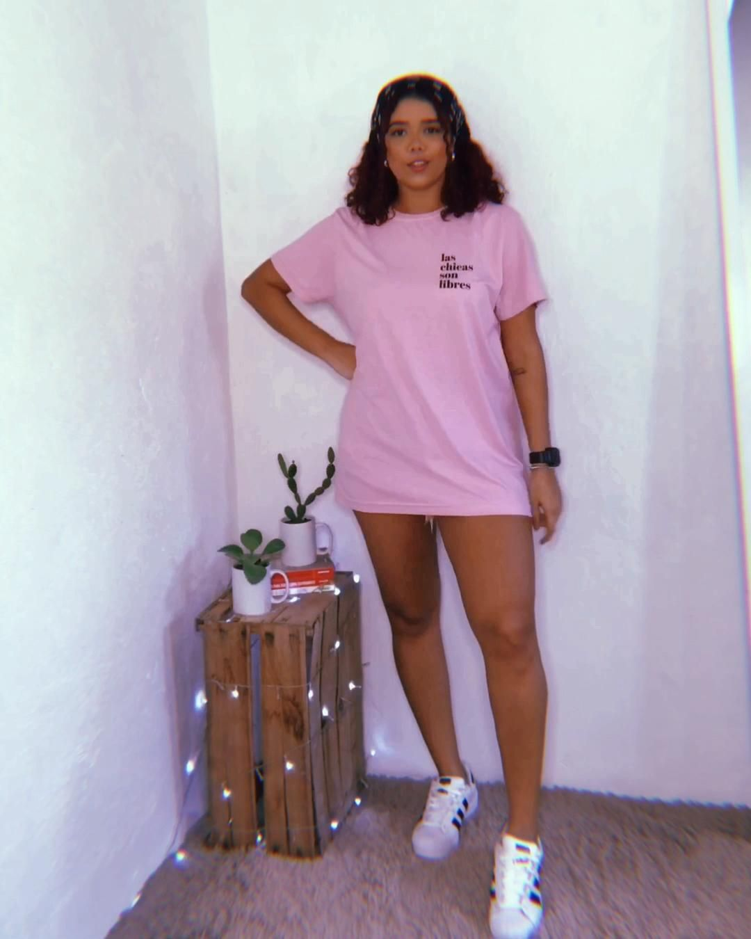 Muitas ideias pra quem ama T-shirt #tshirt #tshirtdesign #looks #looksinspiração
