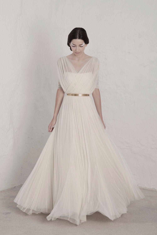 Simple newest beach wedding dress vneckline floor length tulle