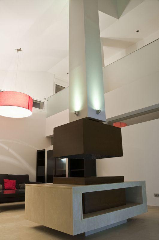 Ideas de #Salon, estilo #Moderno color  #Rojo,  #Marron,  #Blanco,  #Gris, diseñado por ERALONSO ARQUITECTOS  #CajonDeIdeas