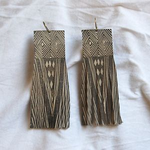 If I had my ears pierced I'd wear these. Cold Picnic Fringed Earrings :: Little Deer