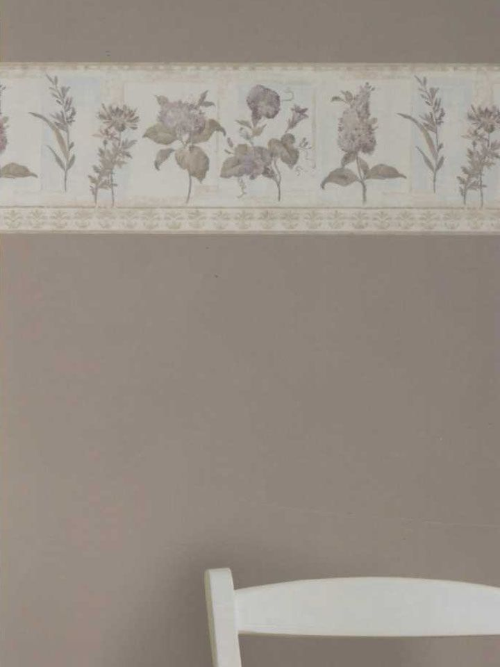 This Classic Floral Wallpaper Border Would Look Fantastic In A Bathroom Or Kitchen Borders Resource Co Floral Wallpaper Border Kitchen Room Brewster Wallpaper