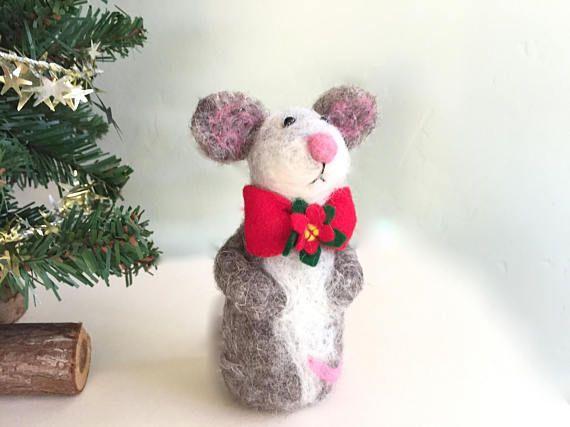 Christmas craft gifts handmade Christmas mouse dressed mice