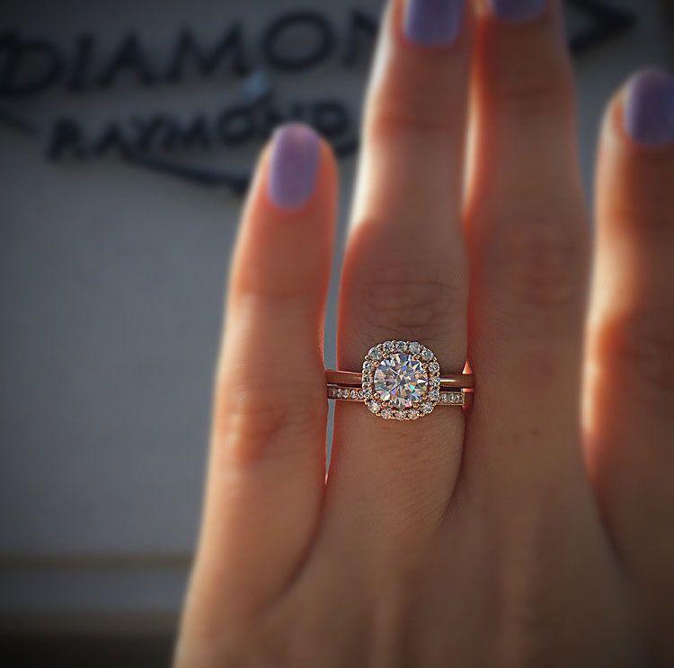 Would you opt for a modern rose gold engagement ring over a white gold engagement ring? #ThePinkWeek #BreastCancerAwareness   Shop ring: bit.ly/PrettyInPinkTacorii