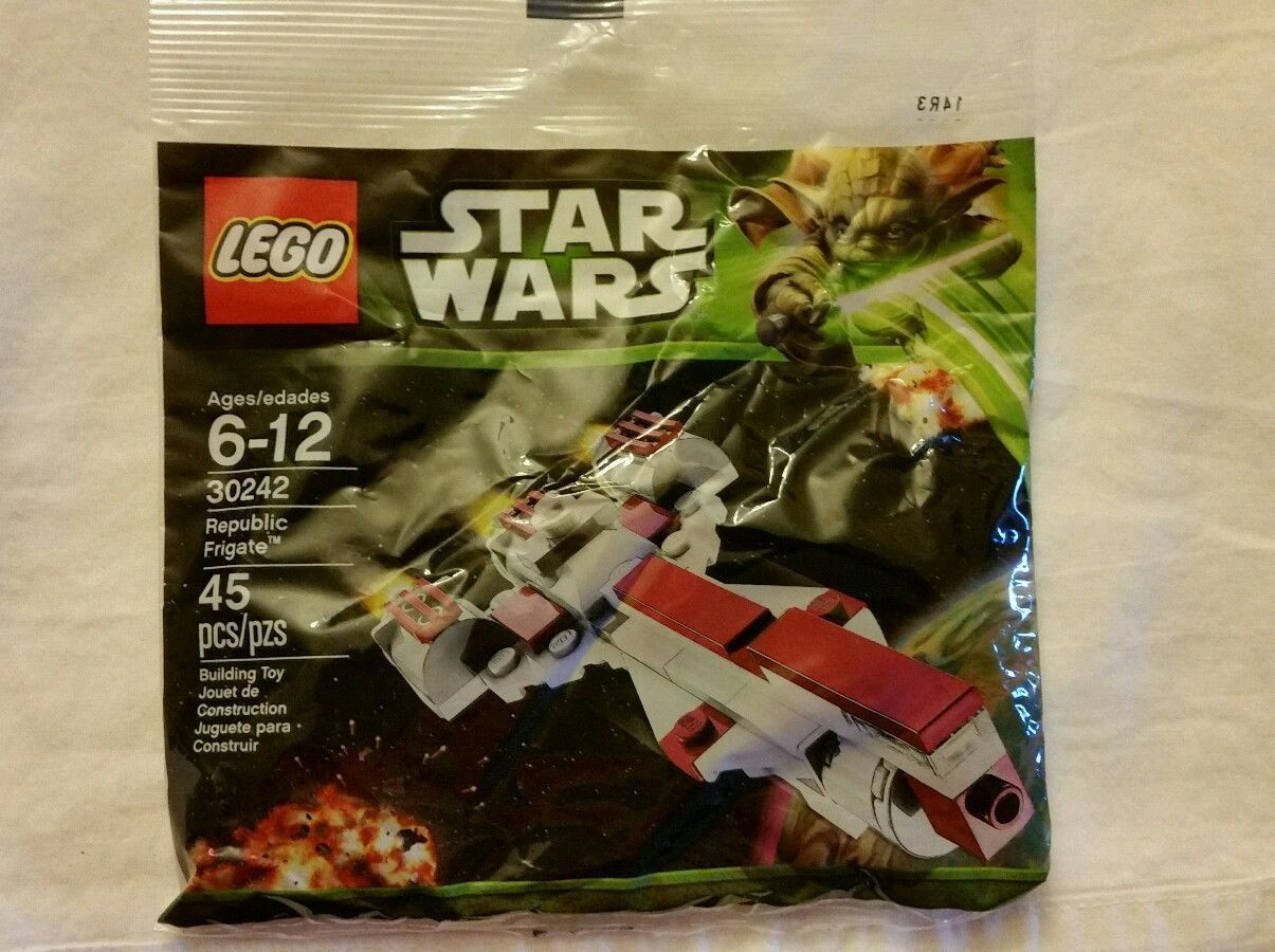 LEGO Star Wars Republic Frigate Mini Ship 30242 Minifigures 45 PCS Kit Blocks  45 Pieces  Set 30242  Polybag is new and sealed.  Perfect for any Imperial collection!!!  Shipping Policies  We ship to the Lower 48 States only (Does NOT include Ha...