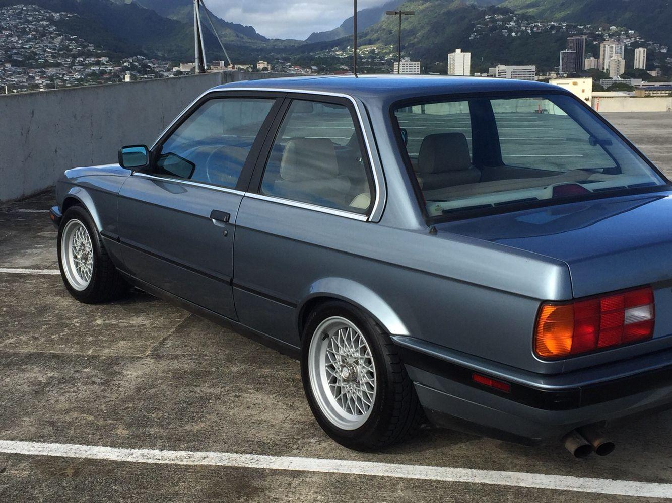 89 E30 Bmw 325i On 15x7 Bbs Mahle Bmw E30 Bmw E30 Coupe
