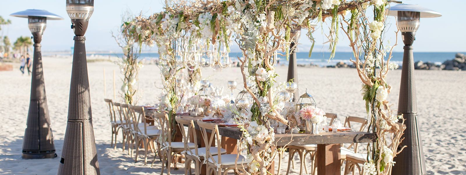 Hotel Del Coronado S Unparalleled Beachfront Setting Offers Breathtaking Options For Your Destination San Go Beach Wedding