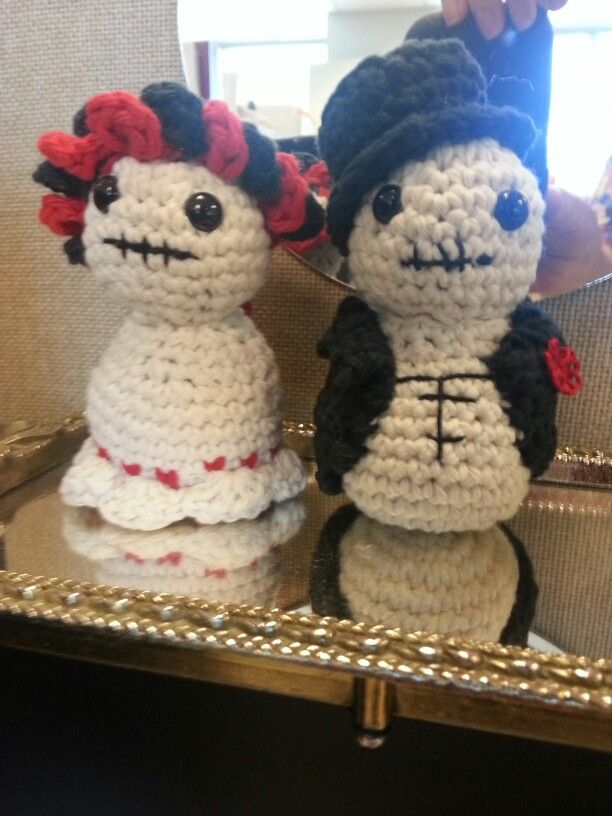 Day Of The Dead Girl And Boy Pattern From The Book Creepy Cute
