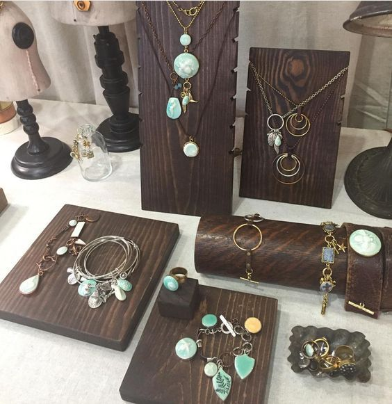 6 Ways To Create A Jewelry Display That Tells A Story