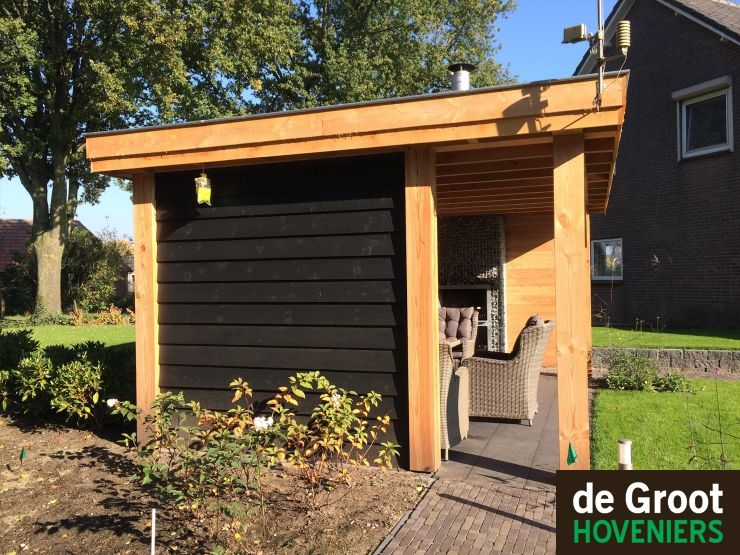 landelijke overkapping lariks douglas hout wand zweedsrabat kleur zwart overkapping veranda. Black Bedroom Furniture Sets. Home Design Ideas