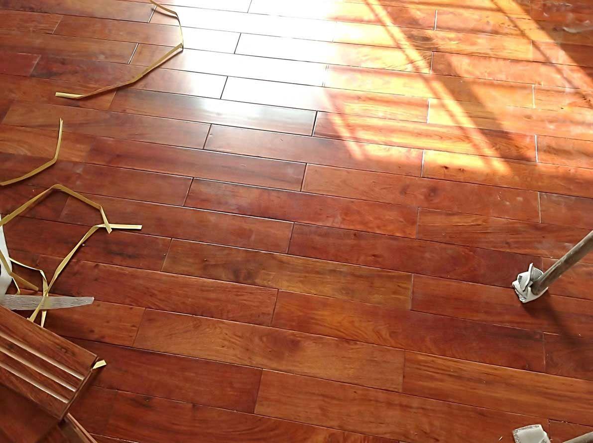 sàn gỗ căm xe dòng sàn gỗ tự nhiên giá thành hợp lý