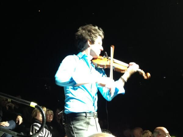 @christianhebel LOVED you in Auburn HIlls last night-  had chance to be up close and personal...yum:)  amazing! pic.twitter.com/lZTzS0Nrb3