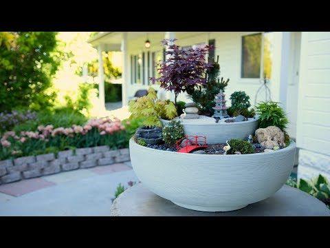 Eine Garteneinrichtung Ist Immer Etwas Personliches Der Eine Liebt Einen Ebenen Und Straffen Garten Zum Be Miniature Zen Garden Miniature Garden Fairy Garden