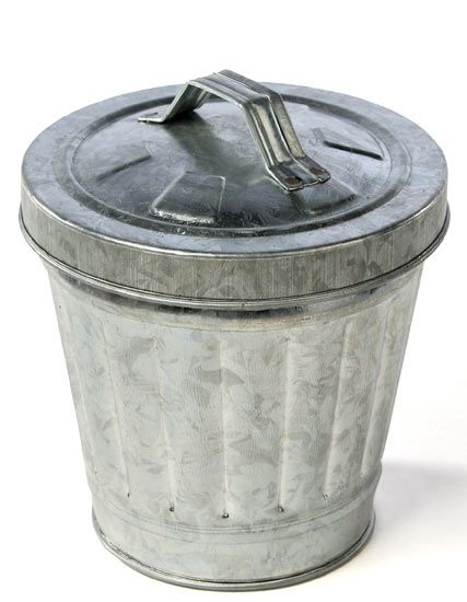 Small Galvanized Trash Can With Images Metal Trash Cans Trash Can Trash