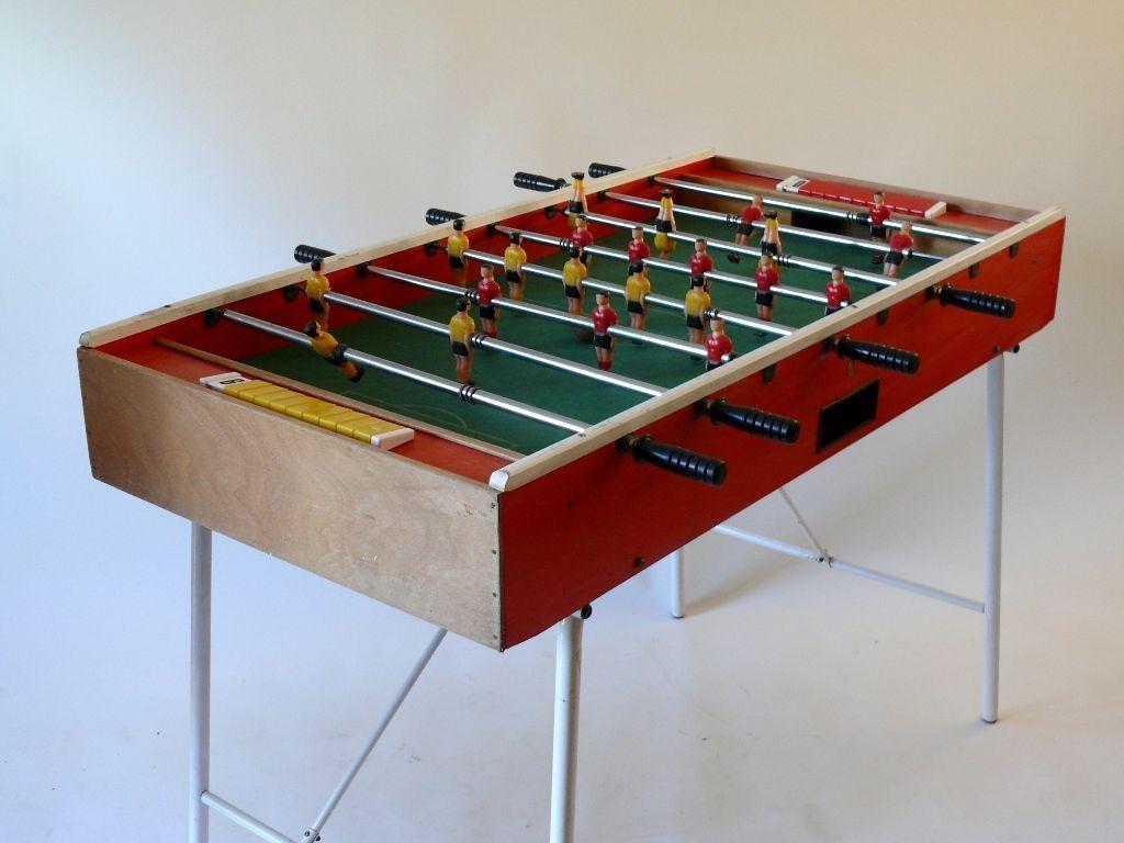 KLAPPTISCH KICKER SIEBZIGER JAHRE SOCCER TABLE 70er STAHLROHR 70s in…