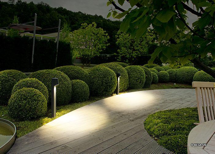 Pin de V S en Освещение сада Pinterest Jardines, Jardín y Paisajismo