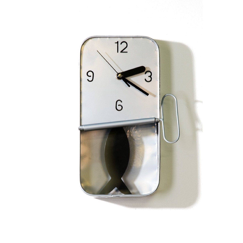 design wanduhr fisch uhr sardine in der dose 19 x 31 cm von xtradefactory k che. Black Bedroom Furniture Sets. Home Design Ideas
