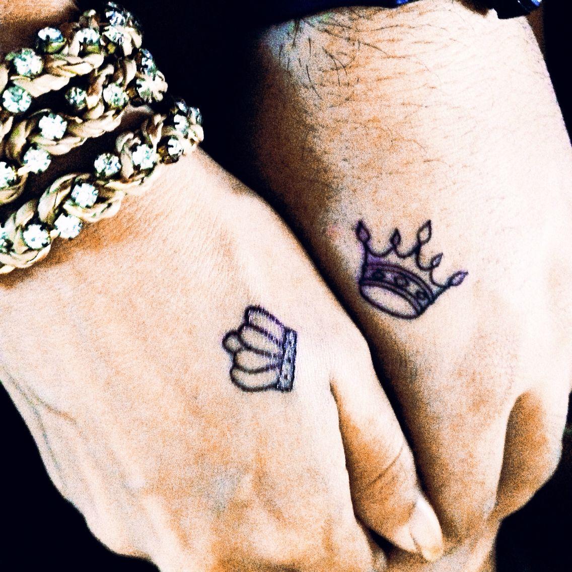 Nosso amor em forma de coroas tattoo pinterest hena designs