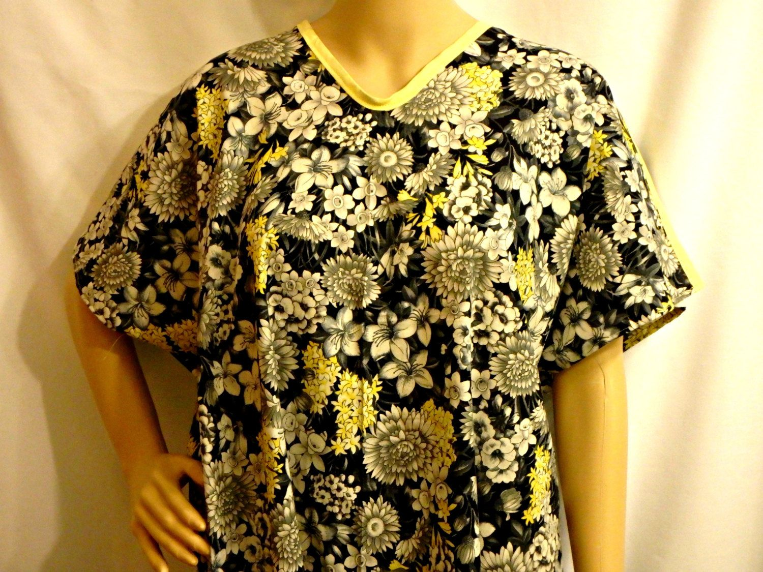 Cotton IV Hospital Gown for Bed bound Fits up to Plus Size Floral ...