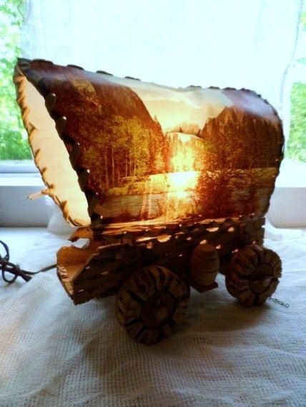 Retro Covered Wagon Scenic TV Table Lamp  Light Up Scenes On Both Sides   Wagon Made Of Cactus  Rustic  Folk Art Lamp  Vintage Lighting