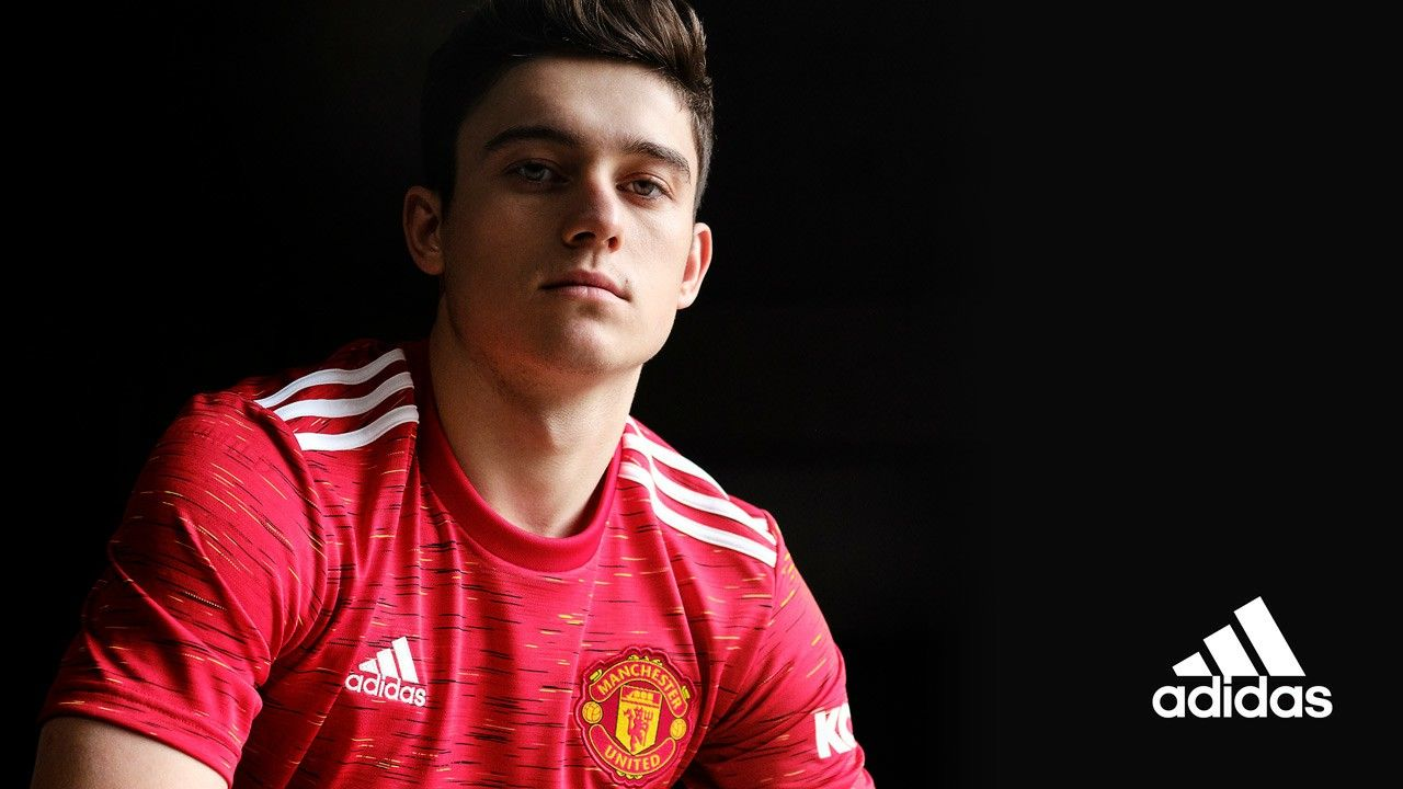 Dan James New Kit Reveal 2020 21 In 2020 Manchester United Logo Manchester United Mufc
