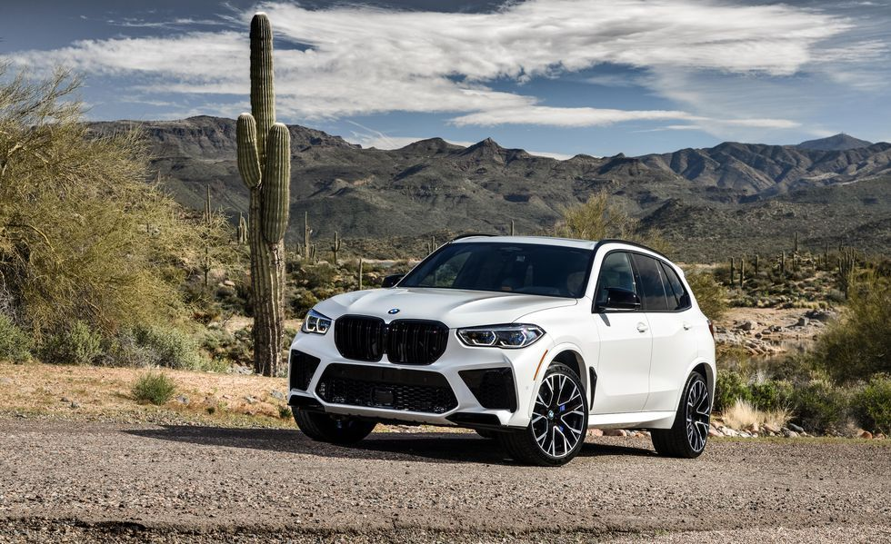 In Depth Photos Of The 2020 Bmw X5 M In 2020 Bmw Bmw X5 M