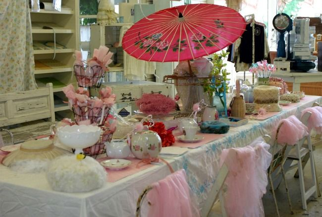 Tea party for adults idea adult tea party ideas http for Adult party decoration ideas