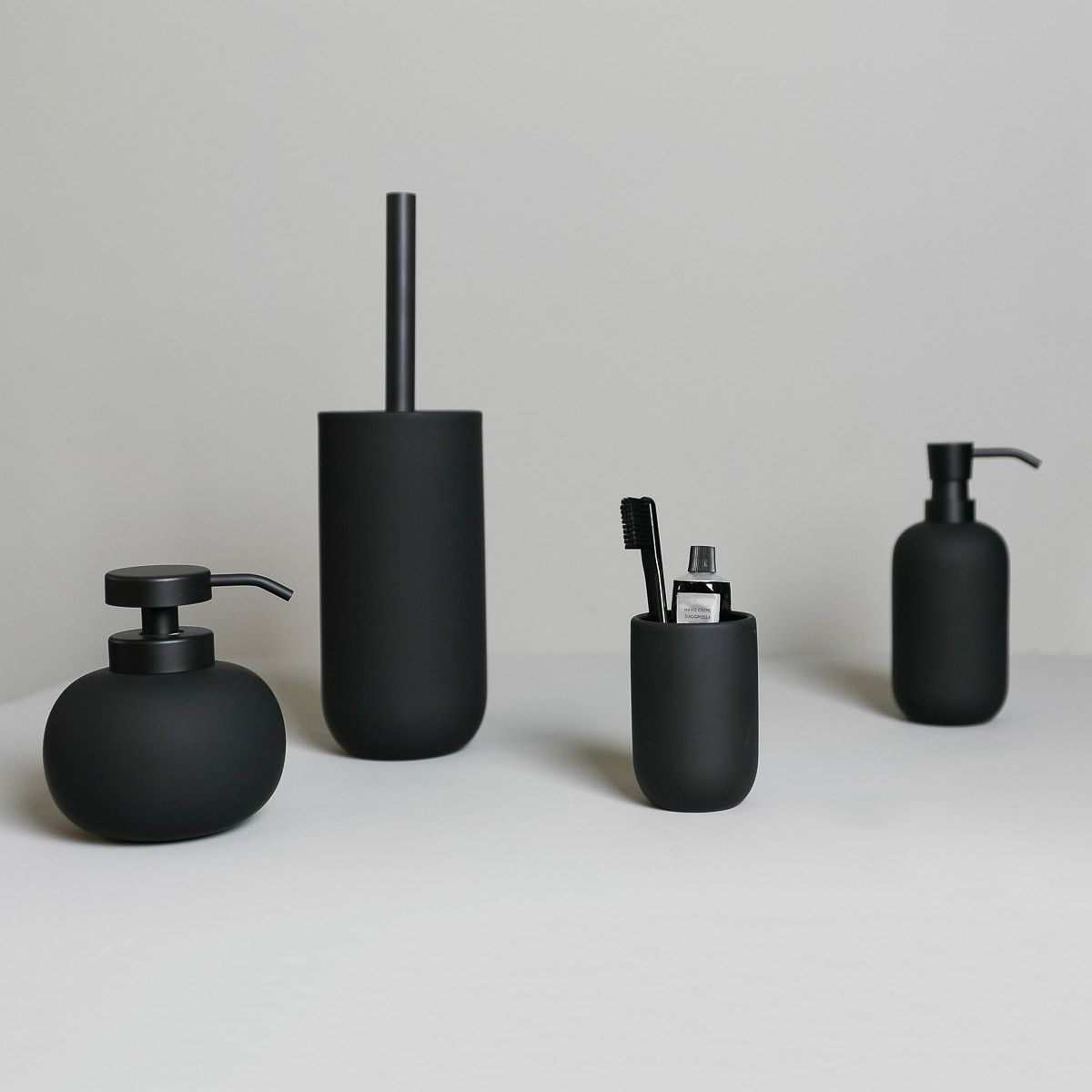 Mette Ditmer Lotus Toilet Brush Black