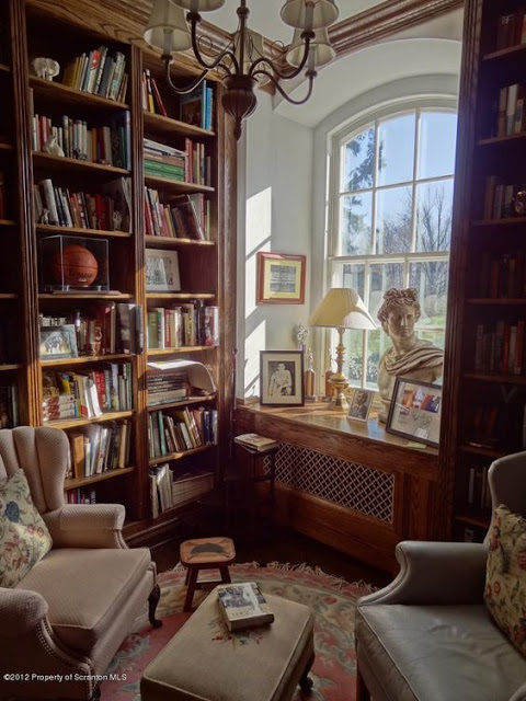 Library Room Ideas For Small Spaces: Create A Cozy Old World Reading Space In 2020