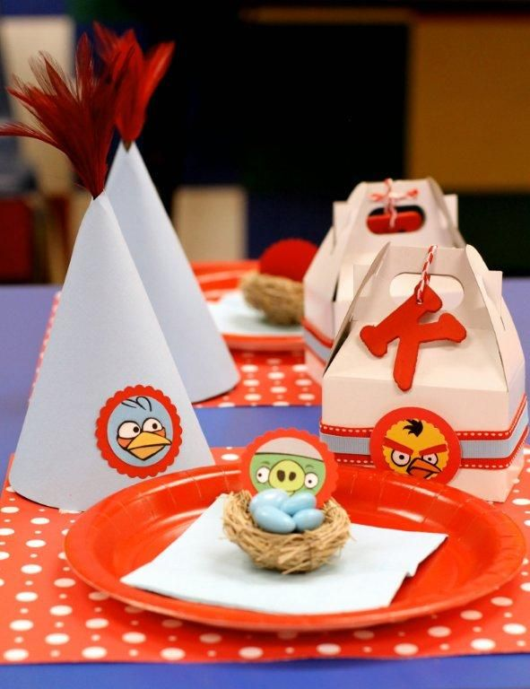Angry Birds First Birthday Party Idea #BirthdayWire fiestas - Ideas Para Fiestas Infantiles