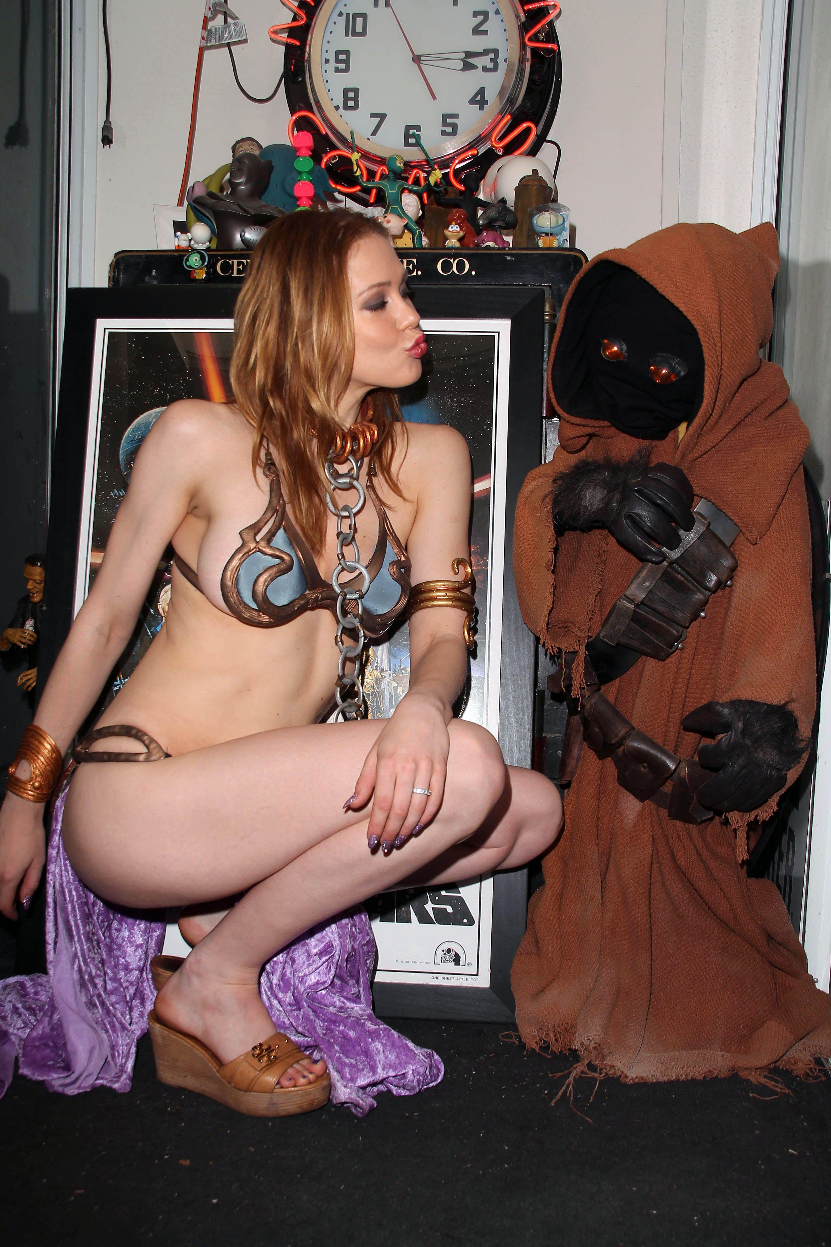 Jabba The Hutt Fucks Princess Leia Ideal maitland ward - princess leia photoshoot at meltdown comics in la