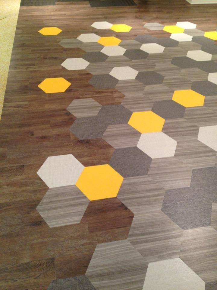 Amtico vinyl hex floor tiles from mannington usa for Mattonelle in vinile