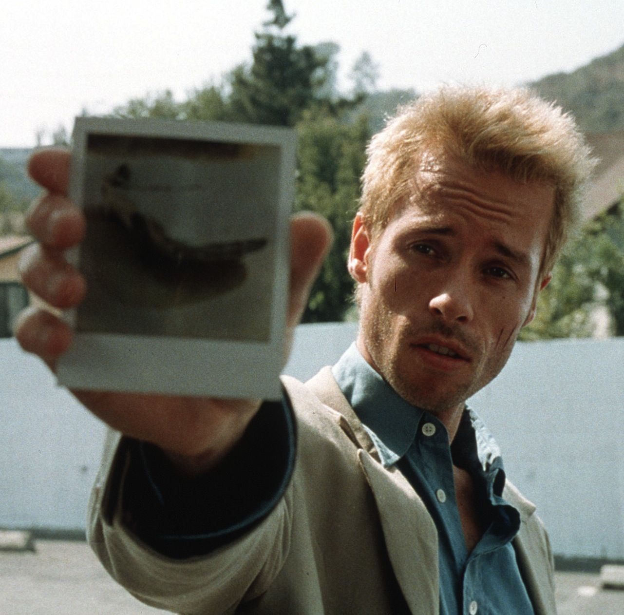 Leonard Shelby, Memento Good movies on netflix, Guy