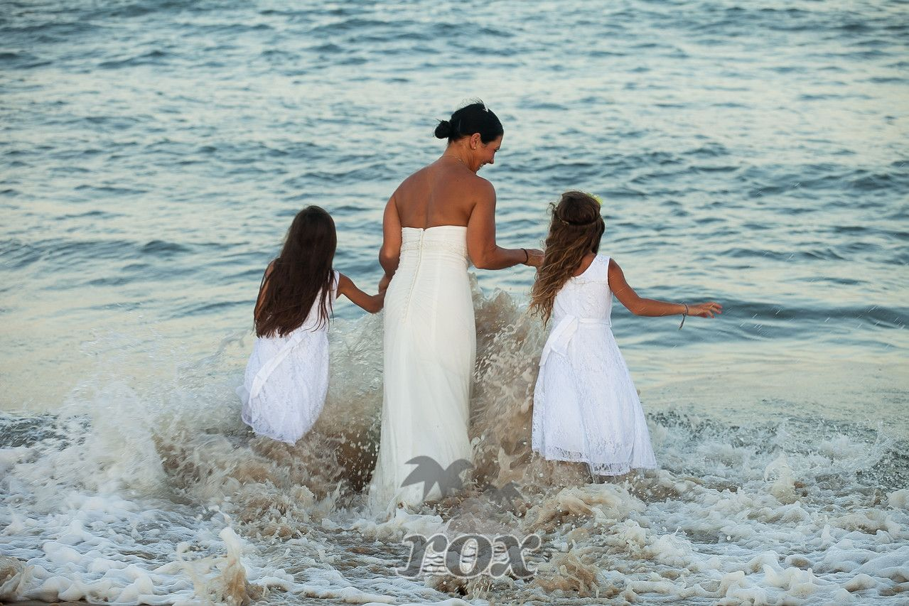 Beach Bride And Flower S Go For A