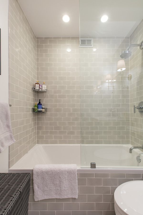 A Storage Swap Makes All The Difference Small Bathroom Remodel Budget Bathroom Remodel Stylish Bathroom