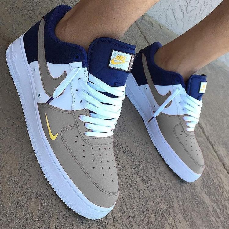 new arrival f8fbb 93401 Pin by Tatarka on •Shoes• in 2018   Pinterest   Shoes, Sneakers and Nike