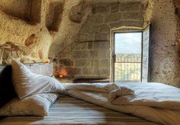 Hôtel troglodyte en Italie !