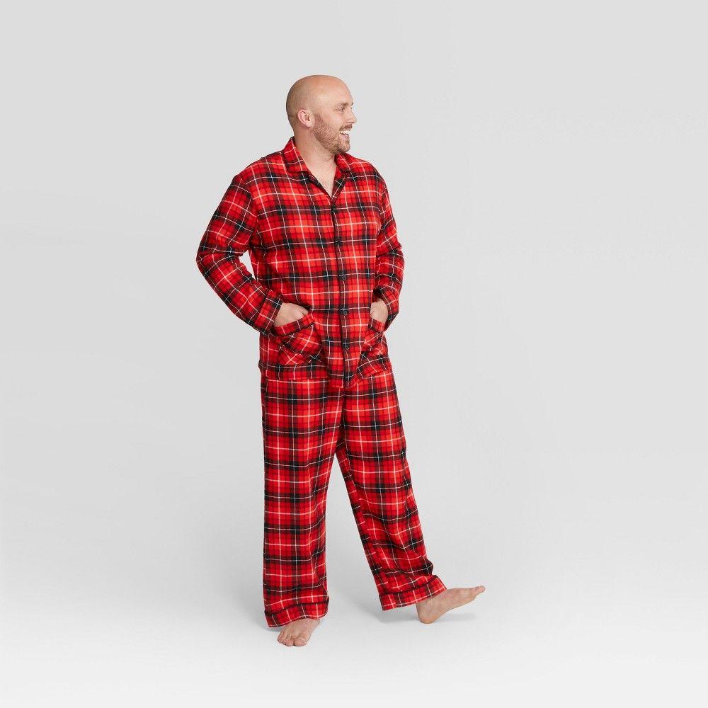 6f13669f47 Men s Plaid Holiday Notch Collar Pajama Set - Wondershop Red Xxl ...