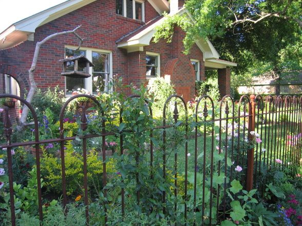 Cottage Garden Iron Fence HOOPS N ARROWS FLEUR DE LIS