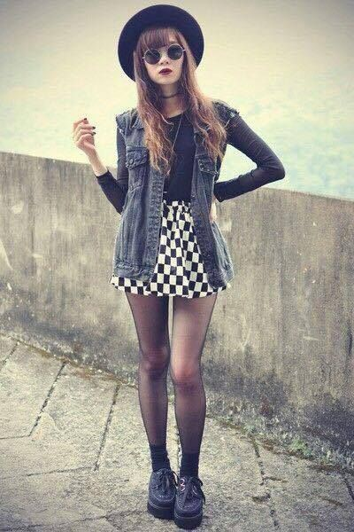 Alternative style. I like this outfit minus the hat.