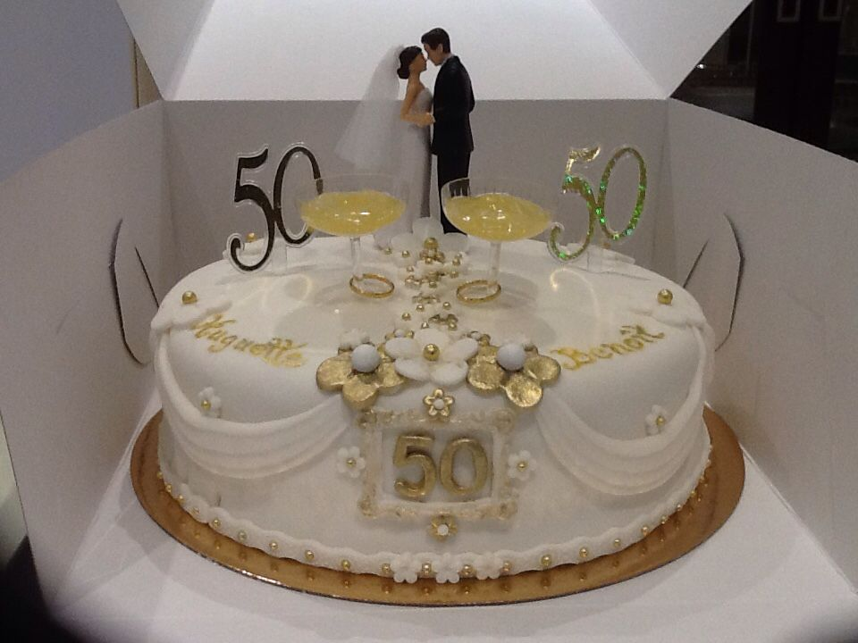 gateau 50 ans de mariage arts culinaires magiques. Black Bedroom Furniture Sets. Home Design Ideas
