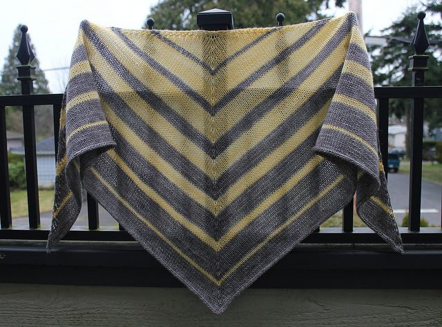 Trilinear Shawl