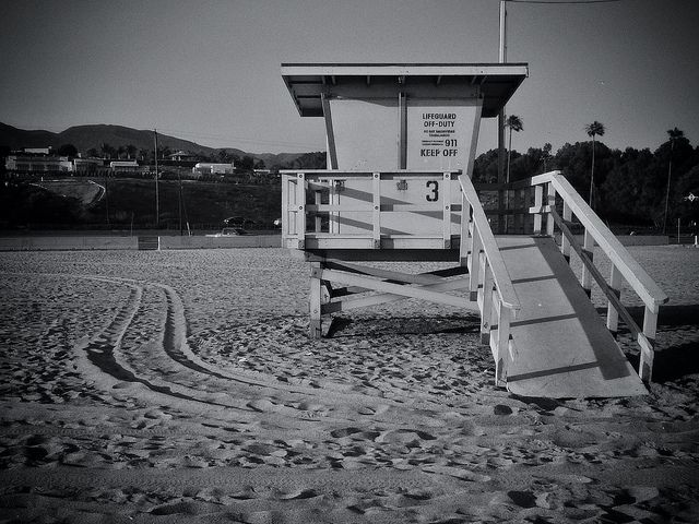 lifeguard tower 3 zuma beach malibu lifeguard tower and beach