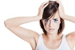Common Makeup Mishaps and what you can do to remedy them http://featherstroke.com/common-makeup-mistakes/