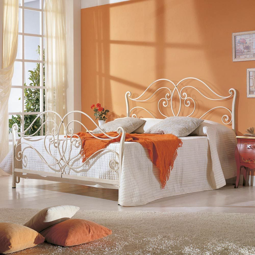 Letto matrimoniale di design in ferro pieno Allie, made in ...